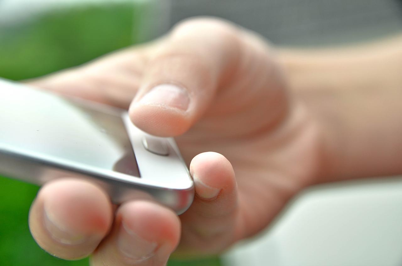 携帯乗り換えで損をしないためのショップの選び方と得する手順