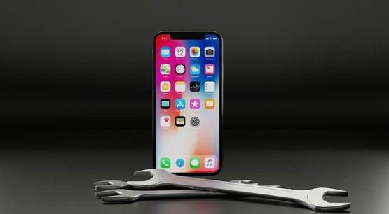 iPhoneバッテリー交換を全網羅|所要時間・価格・店舗・交換方法