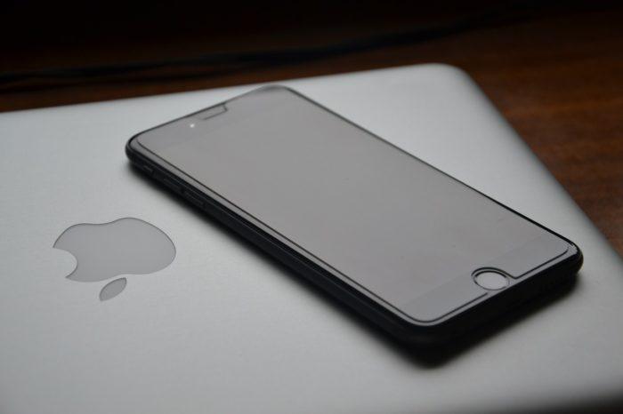 格安SIMの限界|最新iPhoneの安定性・先進性・高機能でPC不要な時代へ