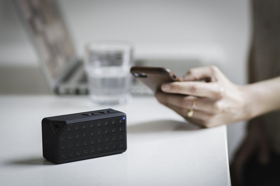 iPhone用スピーカーおすすめ人気ランキング|高音質で良コスパはコレ