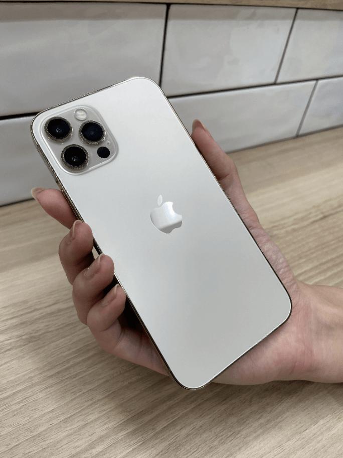 iPhone12Proの実機